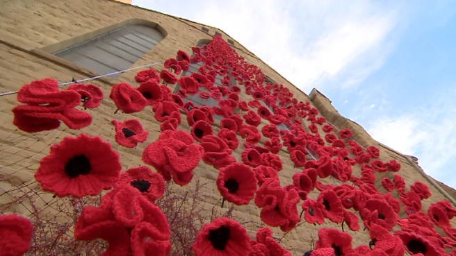 cathedral-church-of-the-redeemer-poppies